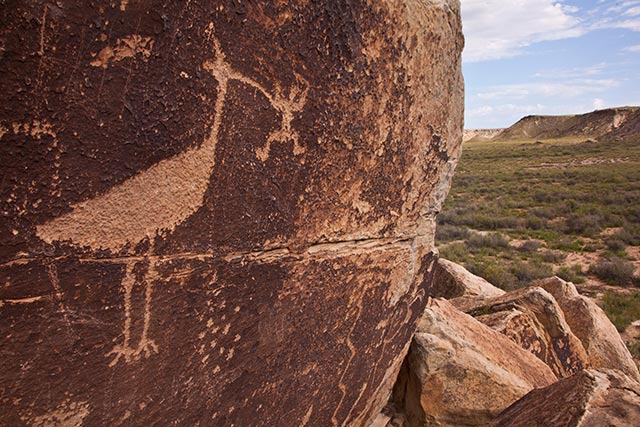 Petroglyphs found near Puerco Pueblo ruins | Photo by Larry Lindahl