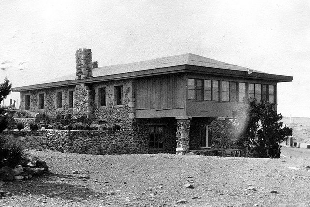 Herbert Lore's Painted Desert Inn, 1930s | Photo courtesy of Petrified Forest National Park