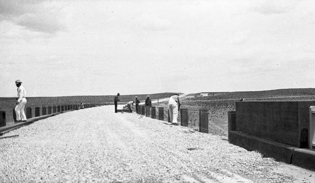 Roadside fencing 5 miles south of U.S. 66 near the Santa Fe Railroad overpass - 1930s